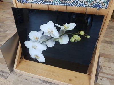 P85 Witte orchidee op zwart - 89,8x50cm -